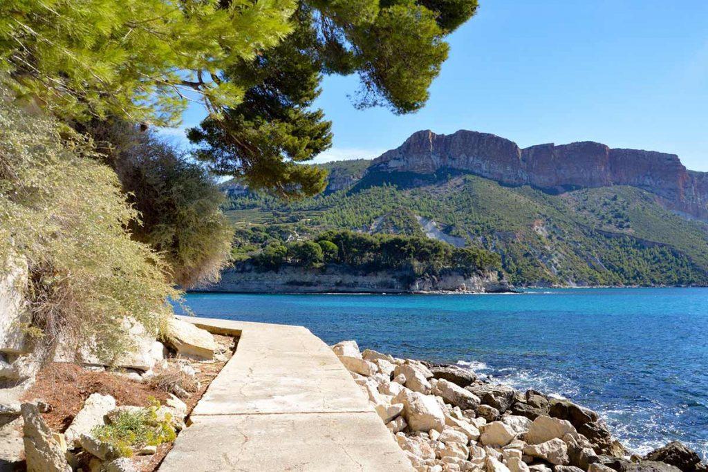 Que vous soyez bord de mer ou destinations historiques, la France offre un patrimoine touristique riche et varié
